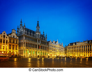 Grand Place Square, Brusseles - View of illuminated Grand...