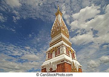golden stupa, the buddhist religious monument