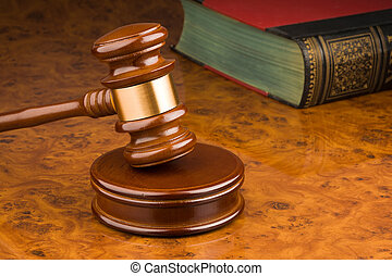 Court Hammer - .