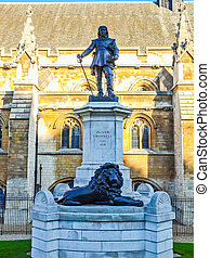 Oliver Cromwell statue HDR - High dynamic range HDR Statue...