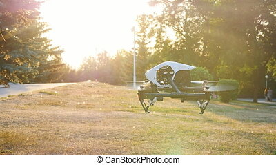 Quadrocopter drone with remote control - quadrocopter drone...