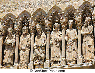 Ciudad Rodrigo Cathedral - Gothic statues at the Cathedral,...