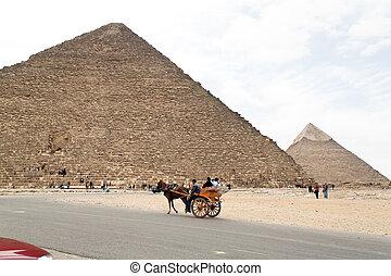 Egypt, Giza, Cheops pyramid