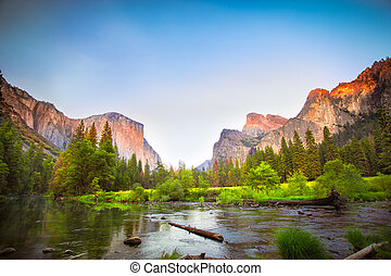 Yosemite - Iconic Valley View, also known as Gates to the...