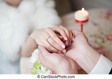 ristorante, sposo, sposa, presa a terra, mani, matrimonio, anello