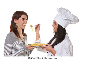 Apprentice chef tasted the homemade dish - Young tries her...
