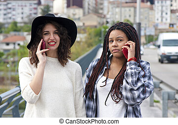 telefone, mulheres, jovem, falando