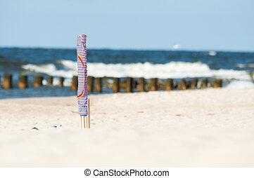 textile beach windbreak - colorful textile beach windbreak...