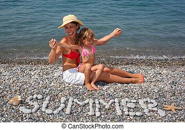 mère, fille, séance, plage, eau, avant, les,...