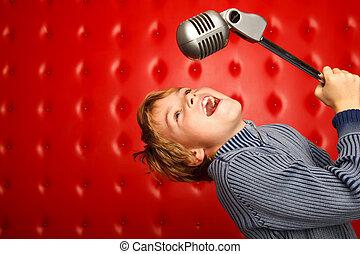 Het zingen, jongen, microfoon, rek, tegen, rood, muur,...