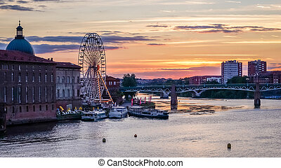 Sunset in Toulouse - Sunset over the Garonne river in...