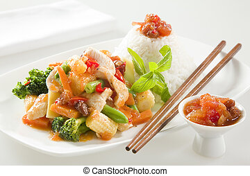 CHICKEN STIR FRY WITH RICE