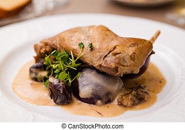 Stewed rabbit leg with black plum sauce