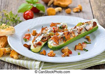 Stuffed zucchini with chanterelles