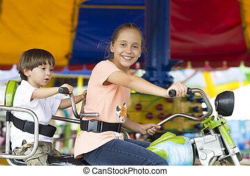 Spaß, Reiten, glücklich, Haben, Kinder