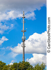 Telecommunications tower antenna - Cell tower and radio...