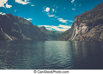 Beautiful view of Seven Sisters Waterfall, Geirangerfjord,...