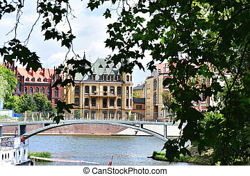 beautiful historic buildings in Wroclaw