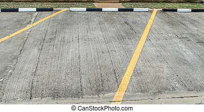 Concrete carpark - Yellow line on concrete carpark