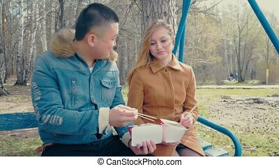 Bofriend Teaching Girlfriend How to Eat with Sticks