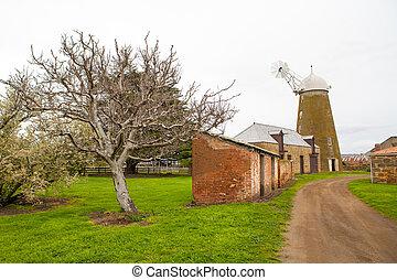 Oatlands Mill Tasmania - The historic Oatlands Mill on a...