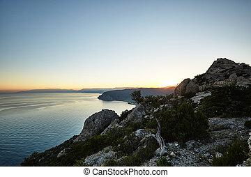 montagne, e, mare, a, tramonto