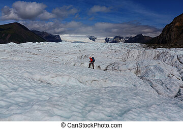 Kennicott glacier - Lake on Kennicott glacier, Wrangell-St....