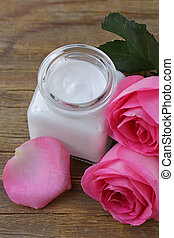 Natural organic cosmetics cream