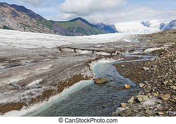 Kennicott glacier - Lake on Kennicott glacier, Wrangell-St...