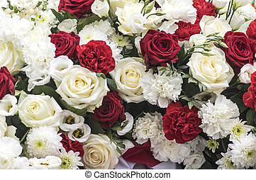 Red and white roses and carnations - Bunch of roses with...