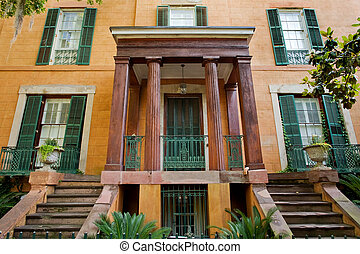 Savannah architecture - Sorrell Weed house on Madison square...
