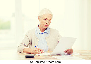 domů, kalkulačka, manželka, starší, doklady