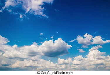 Taymlaps daytime sky with fluffy clouds - daytime sky with...