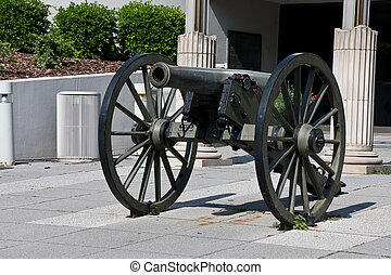 Civil War Cannon at Museum - A cannon from the American...