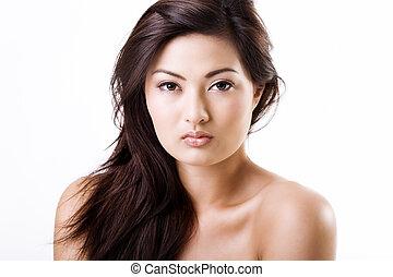 Beautiful asian woman with natural makeup