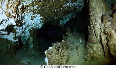 Underwater stalactites in Yucatan Mexican cenote -...