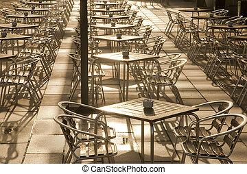 Cafe Tables, Parc de la Mar Park, Palma de Mallorca, Spain