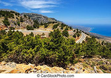 Curvy, camino, cerca, Chora, Sfakion, pueblo, en, Crete,...