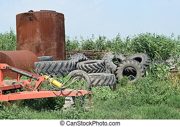 Trailer Hitch for tractors and combines. Trailers for...