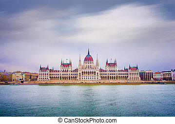 Parliament Building - Hungarian Parliament Building in...
