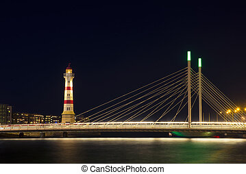 Malmo - lighthouse and bridge in night Malmo