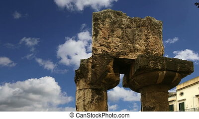 APOLLO TEMPLE Syracuse, Sicily - Ancient Greek APOLLO TEMPLE...