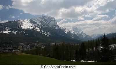 Mountain, time lapse - Dolomites, Italy