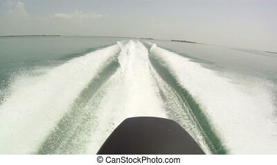 Outboard Engine - Outboard engine speed