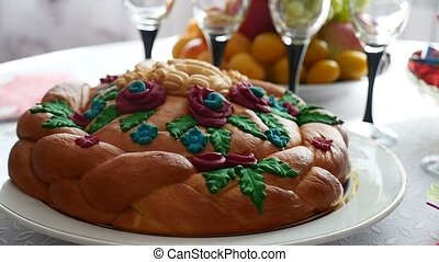 video wedding loaf on a festive table - video wedding loaf...