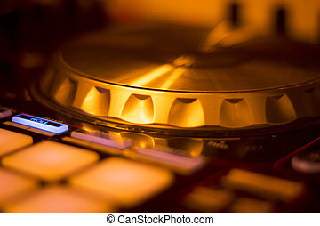 Ibiza dj turntables mixing - Ibiza dj turntables for deejay...