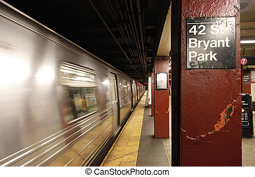 Bryant park subway station - View of 42 St-Bryant park...
