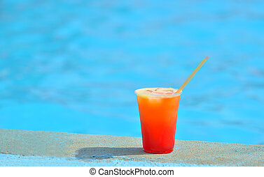 Cocktail at the edge of the swimming pool.