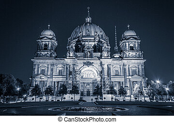 The berlin cathedral ( Berliner Dom) at night