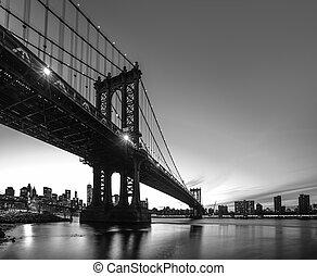 Manhattan Bridge At Night - Black and White inage of...